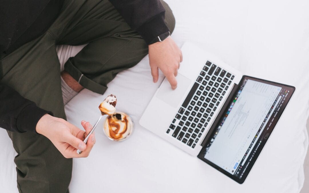 Does Multitasking Make You Snack More?